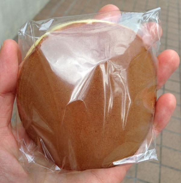 上野うさぎやのどら焼き 個別包装されています