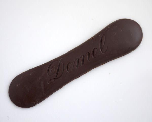 デメル ソリッドチョコ 猫ラベル スウィート