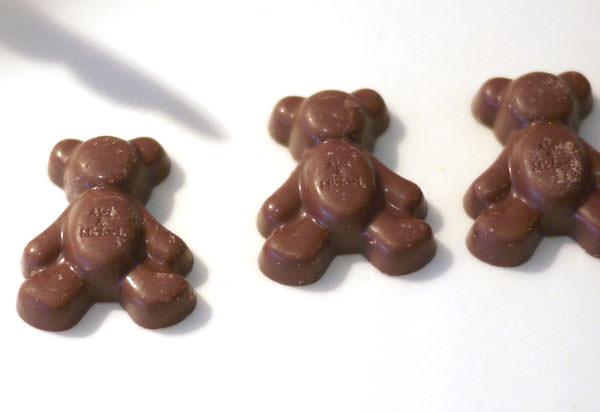 モロゾフ アレックス&マイケル クマ型チョコレートタイトル画像