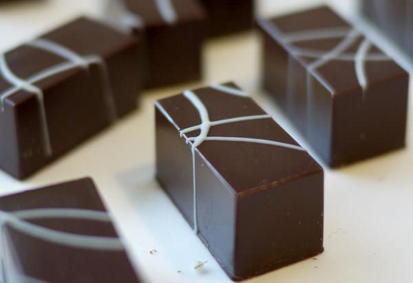 イタリア ペック チョコレートタイトル画像